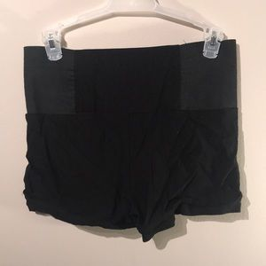Valia Shorts - Dress Shorts